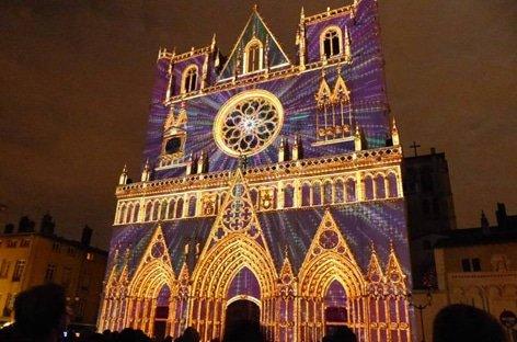 Conseils pratiques pour en prendre plein les yeux le 8 décembre à Lyon !