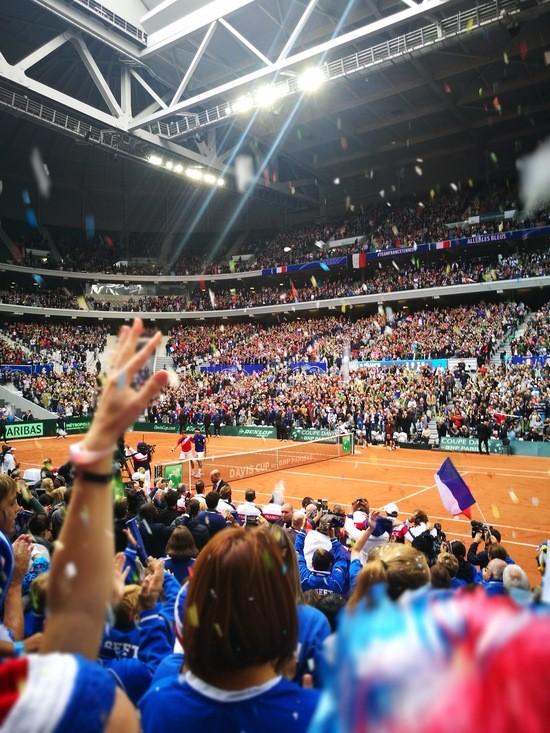 Tsonga remporte le point décisif pour envoyer une nouvelle fois la France en Finale de Coupe Davis